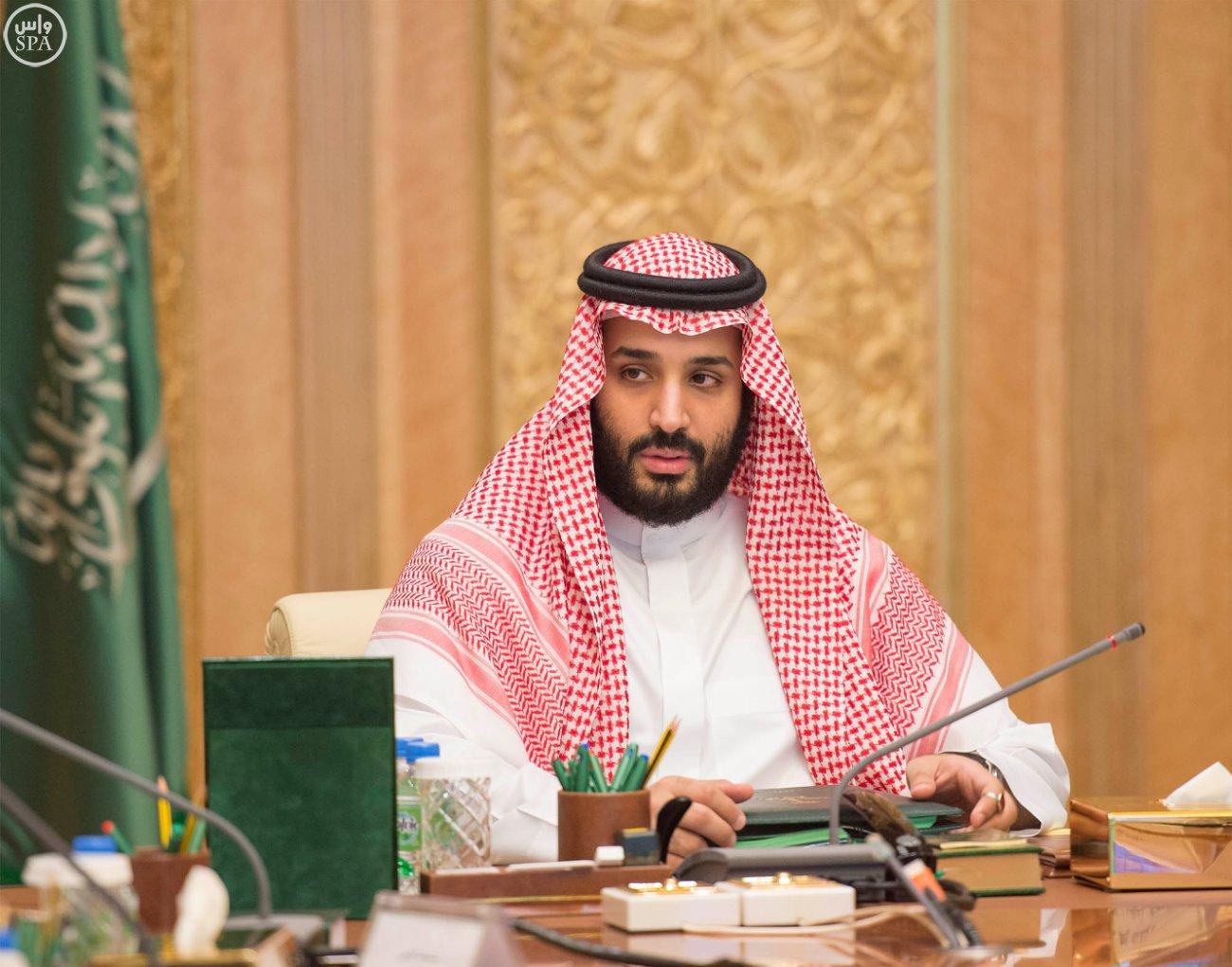 محمد بن سلمان: أصرف 51% من دخلي على الناس و49% على نفسي