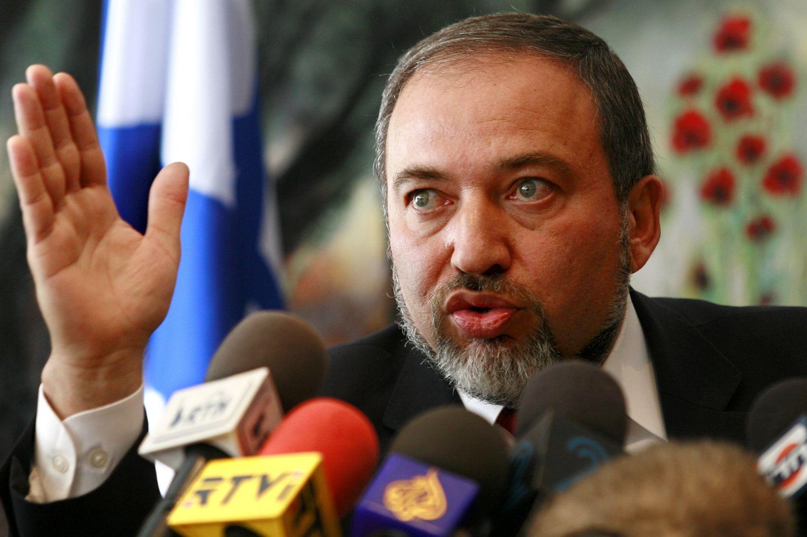 ليبرمان يرفض اعتذار عباس عن تصريحاته السابقة بخصوص اليهود