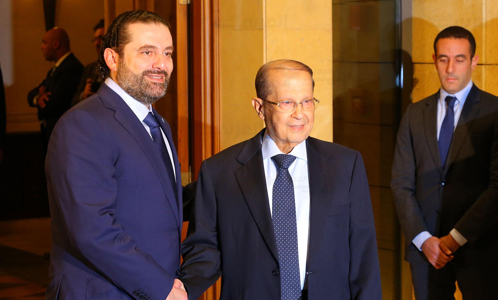 عون يكلف الحريري بتشكيل الحكومة اللبنانية