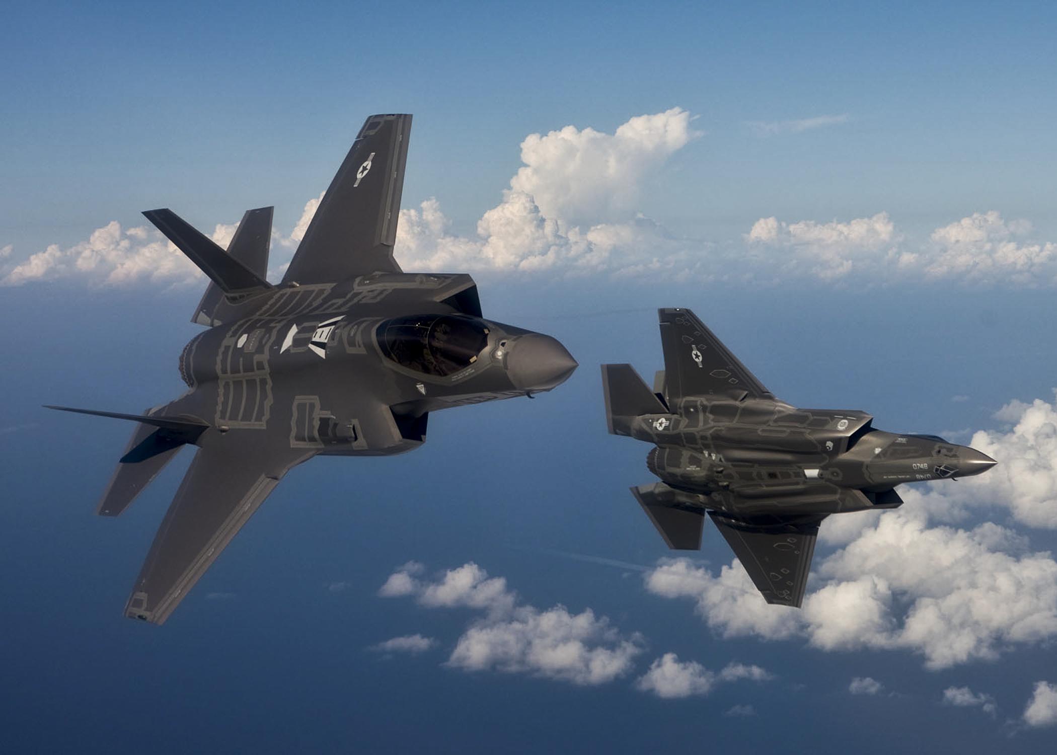 """لواء إسرائيلي: نحن أول دولة استخدمت """"F-35"""" لشن هجوم"""