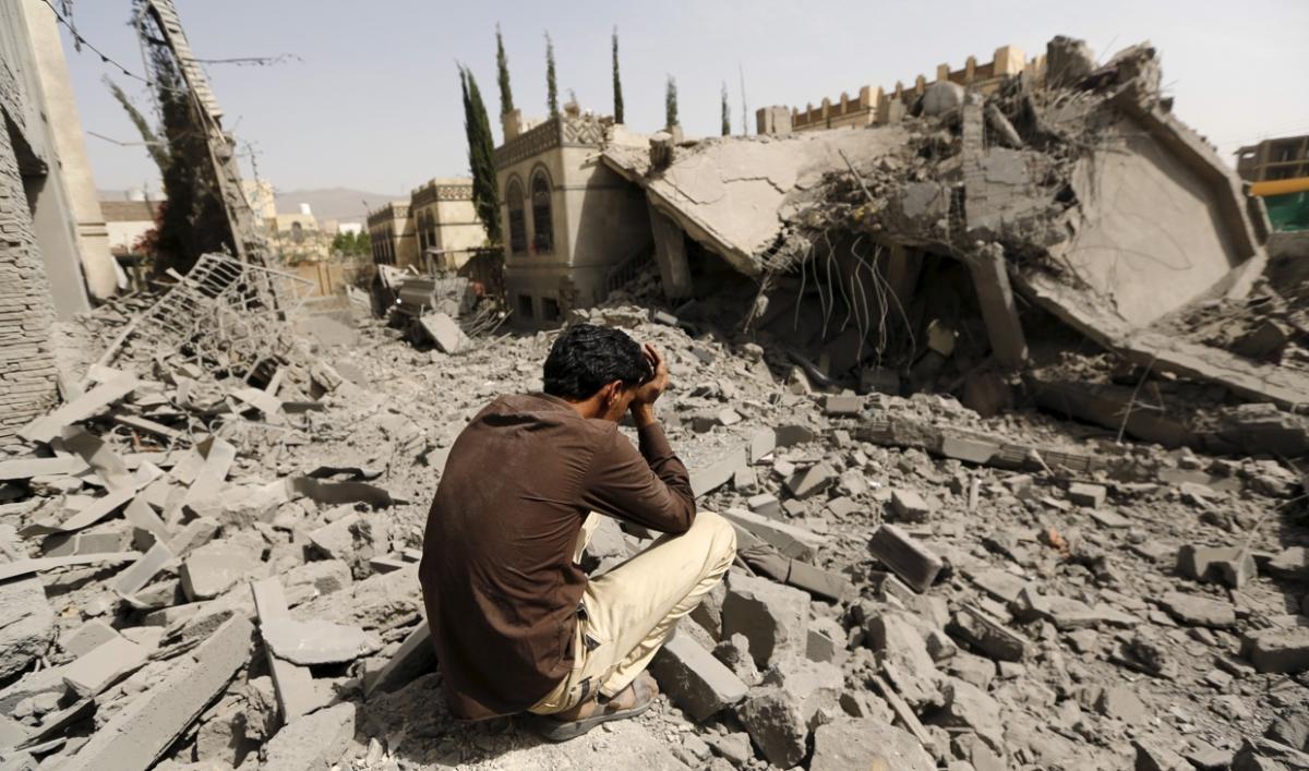 التحالف العربي يواصل قصف الحديدة رغم تصاعد التحذيرات الدولية من كارثة إنسانية