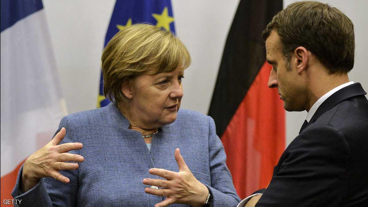 ميركل تستنجد بماكرون من أجل إصلاح أوروبا