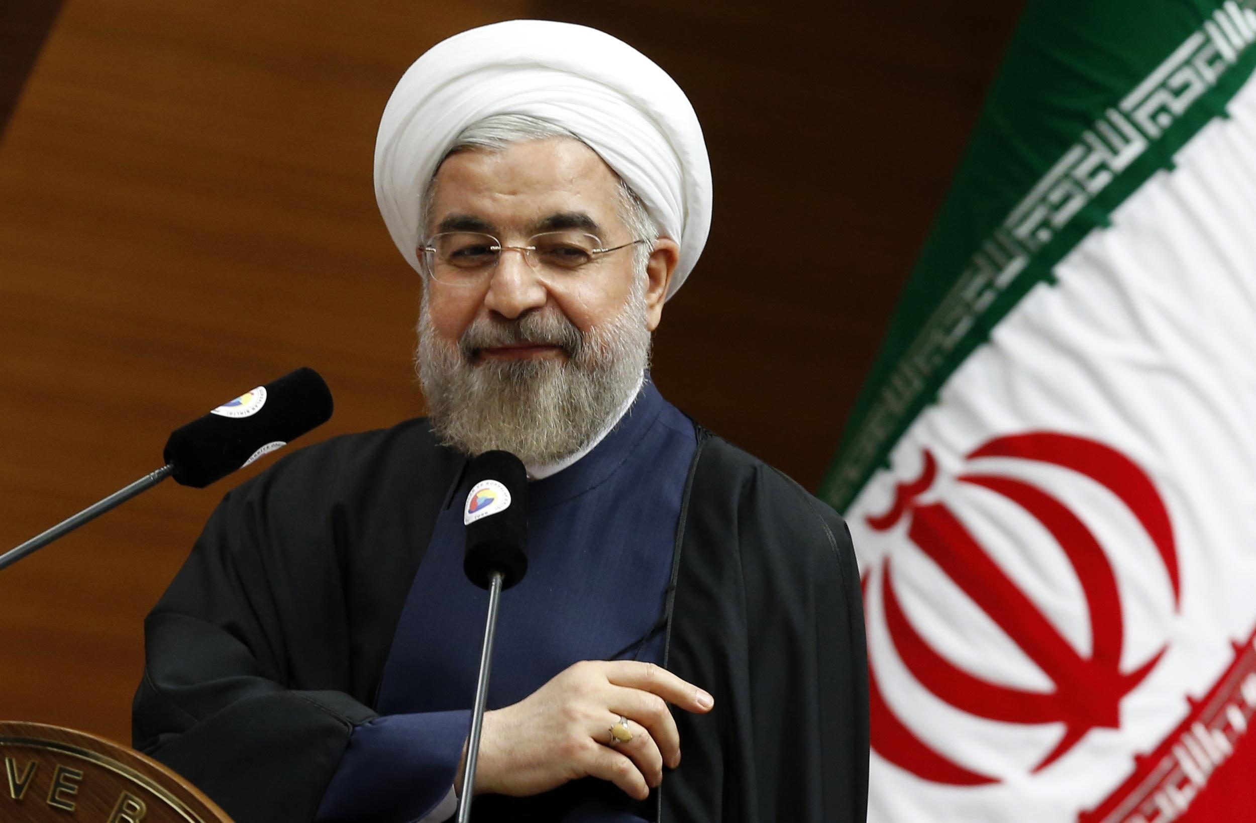 مسؤول إيراني: ترامب طلب لقاء روحاني 8 مرات