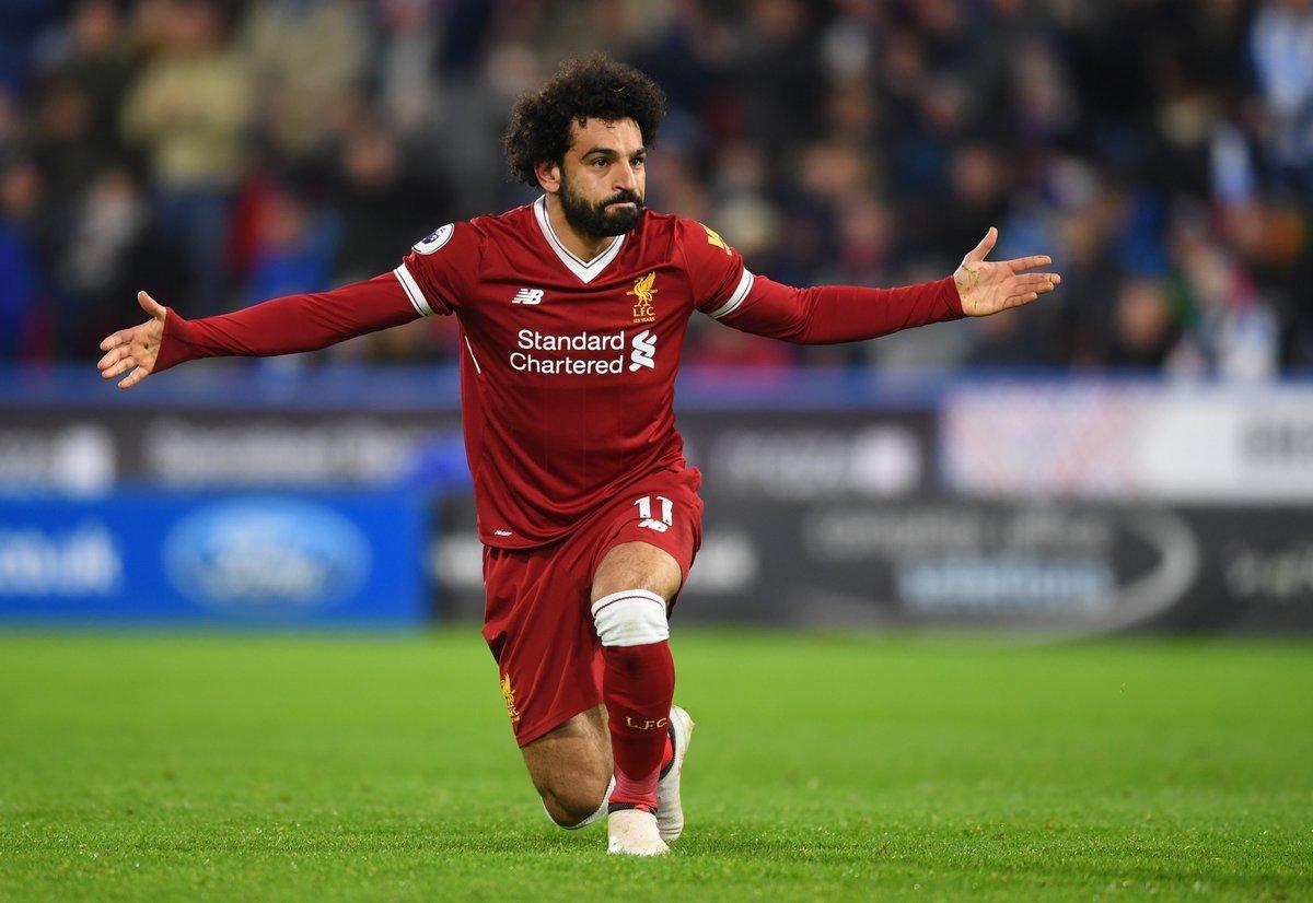 رسميا.. محمد صلاح يجدد عقده مع ليفربول