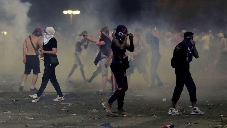 """فرنسا.. شغب في باريس بعد فوز """"الديكة"""" بكأس العالم لكرة القدم"""