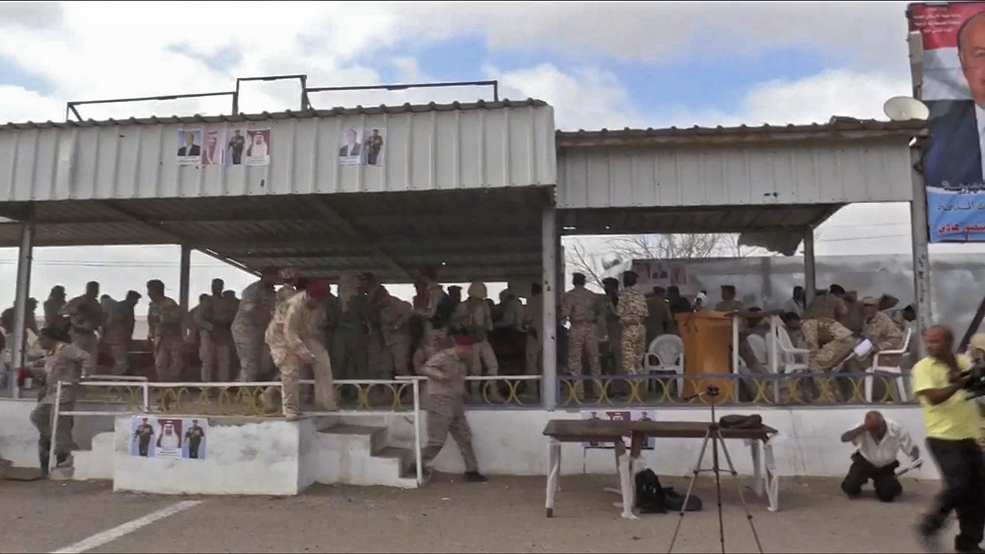 مصادر لـCNN: إصابة قادة عسكريين بغارة طائرة موجهة للحوثي بلحج