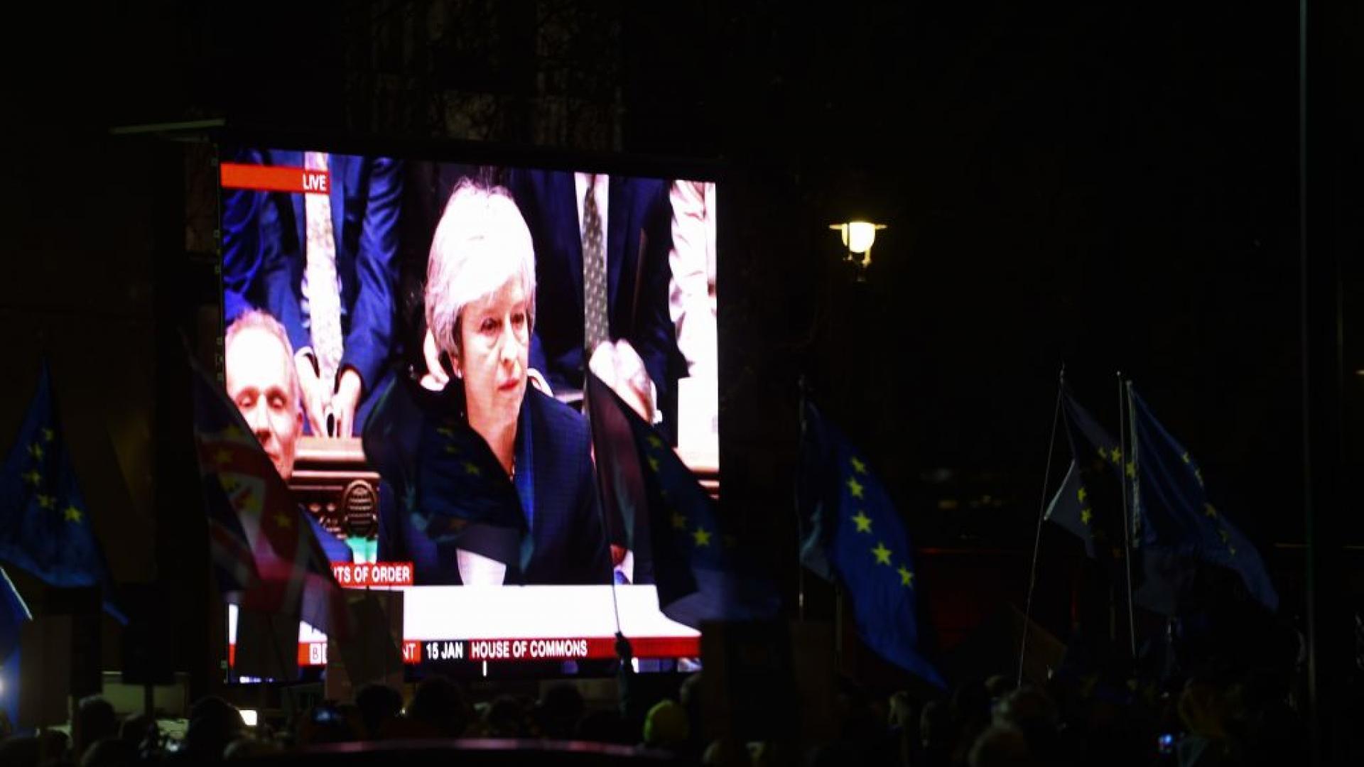 أكبر خسارة لحكومة بريطانية.. ماي تخفق في خروج بريطانيا من الاتحاد الأوروبي