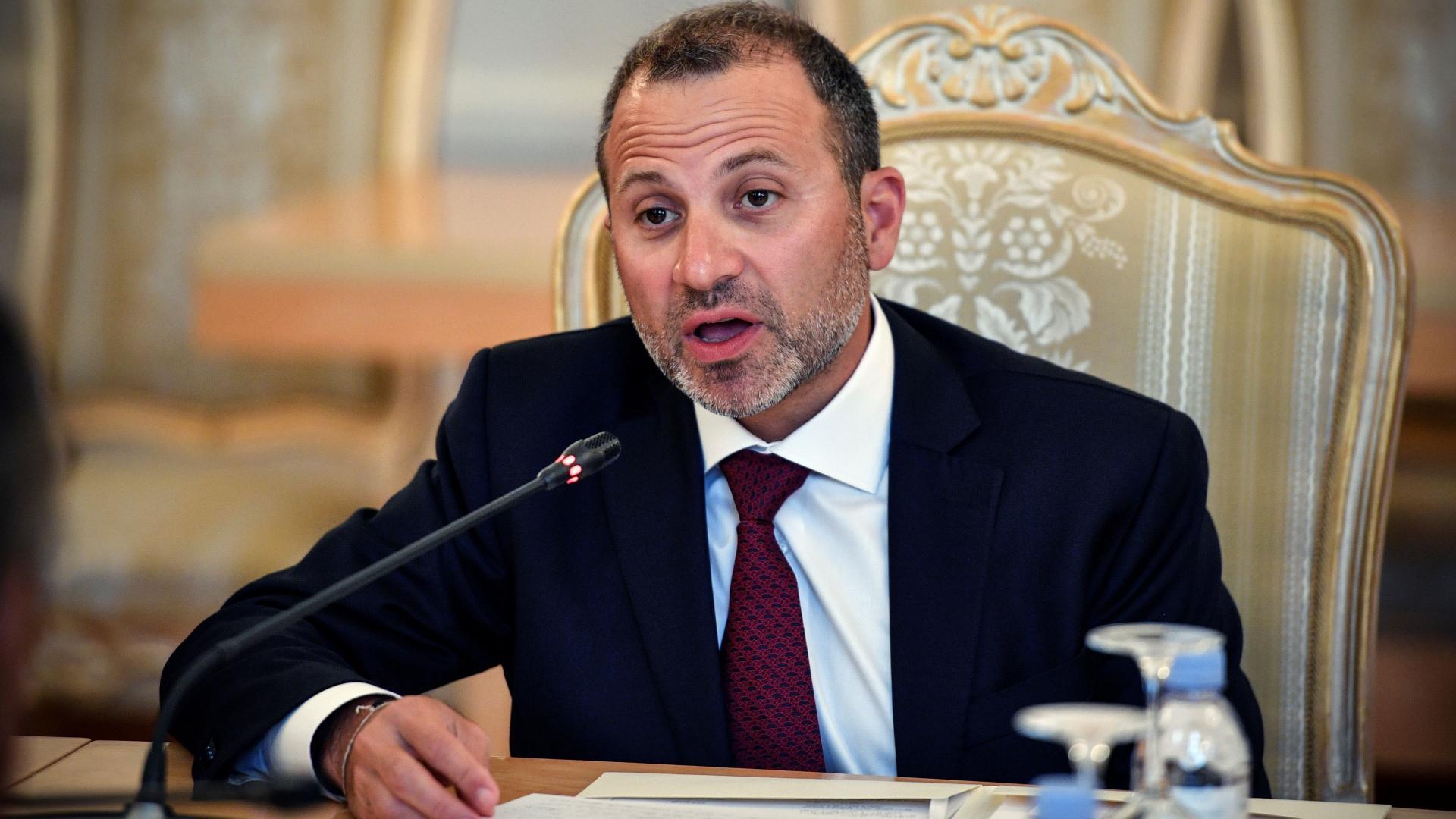 """جبران باسيل يدعو العرب إلى """"احتضان"""" سوريا ولبنان لوقف """"الخسارة"""""""
