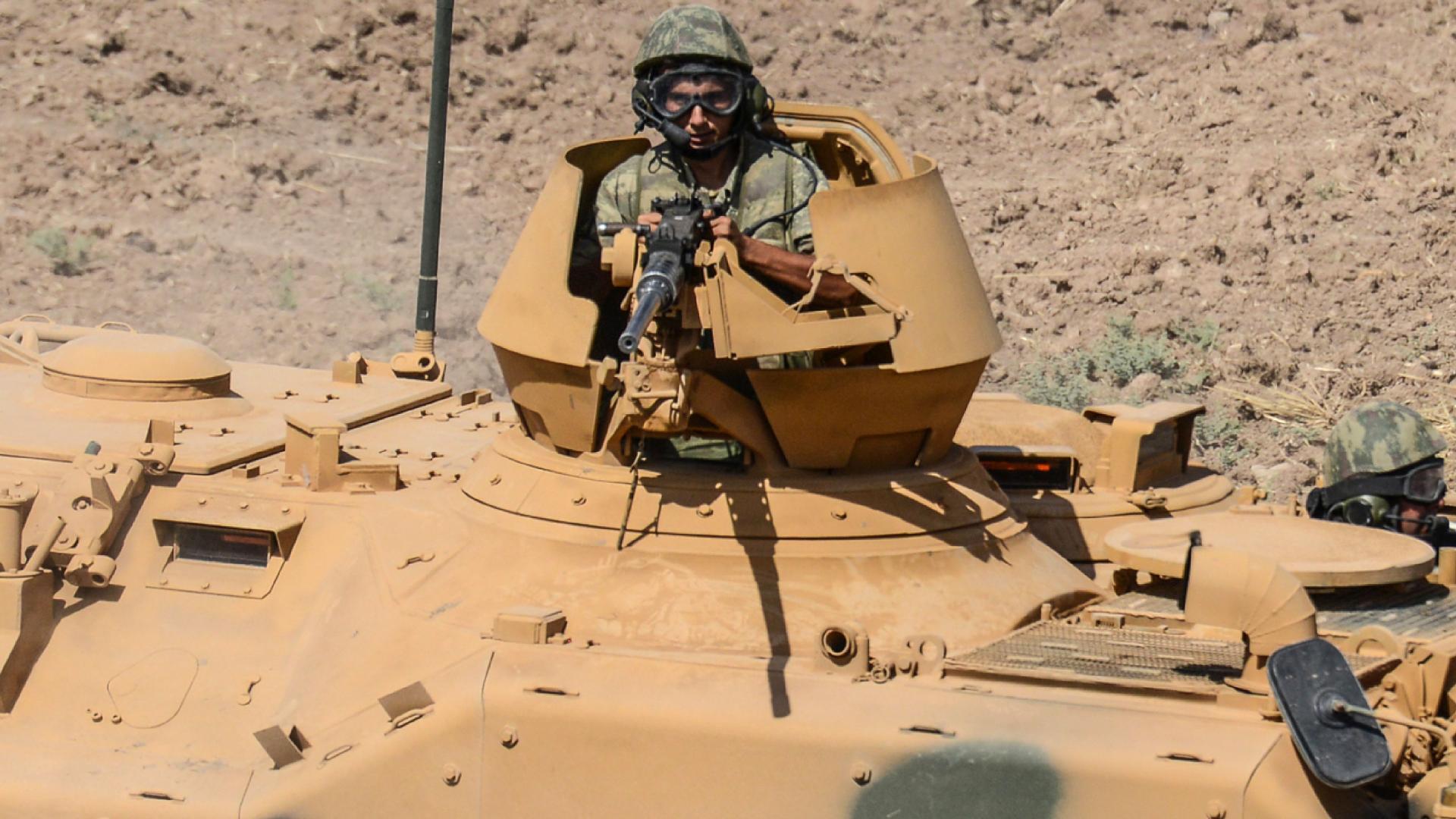 القوات التركية تفتح النار على محتجين عراقيين اقتحموا قاعدة عسكرية لها في دهوك