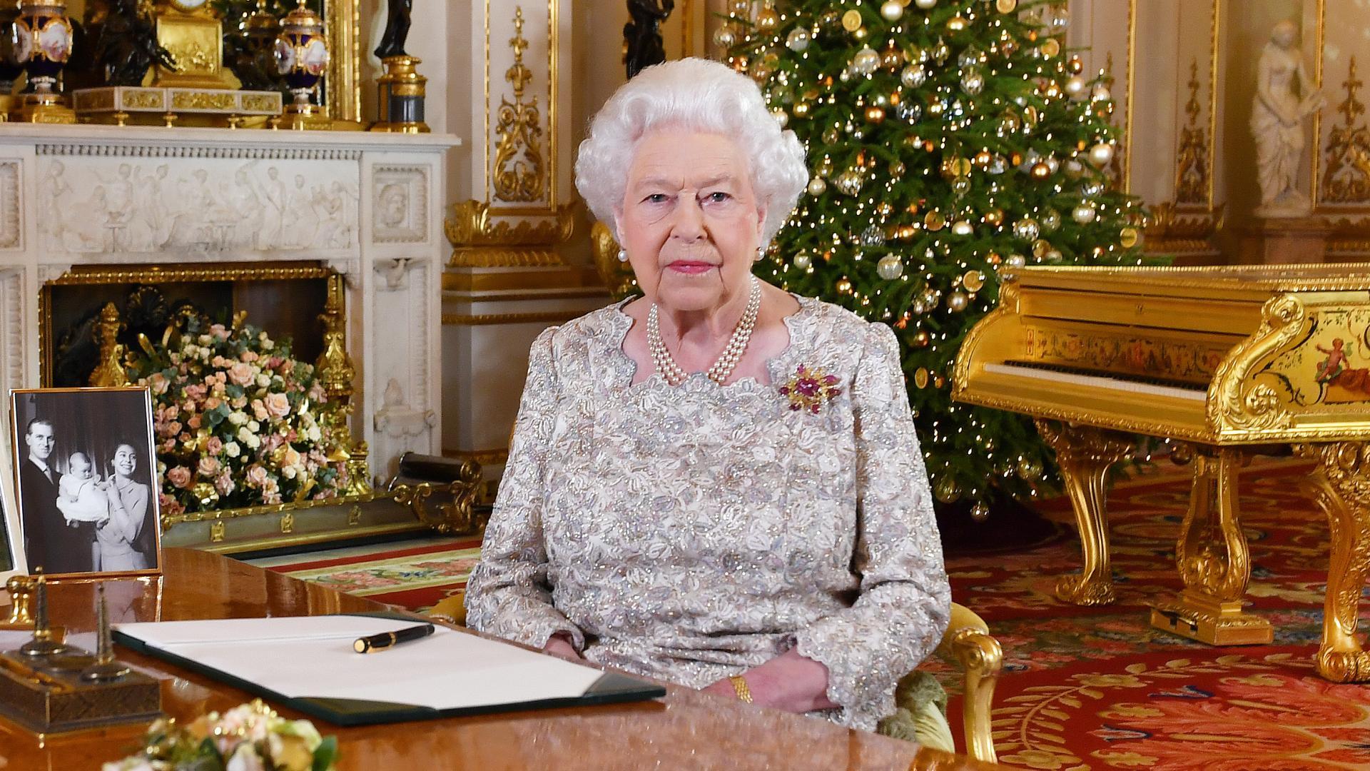 تدخل الملكة إليزابيث بسياسة بريطانيا لا يحدث كثيرا.. والسبب؟