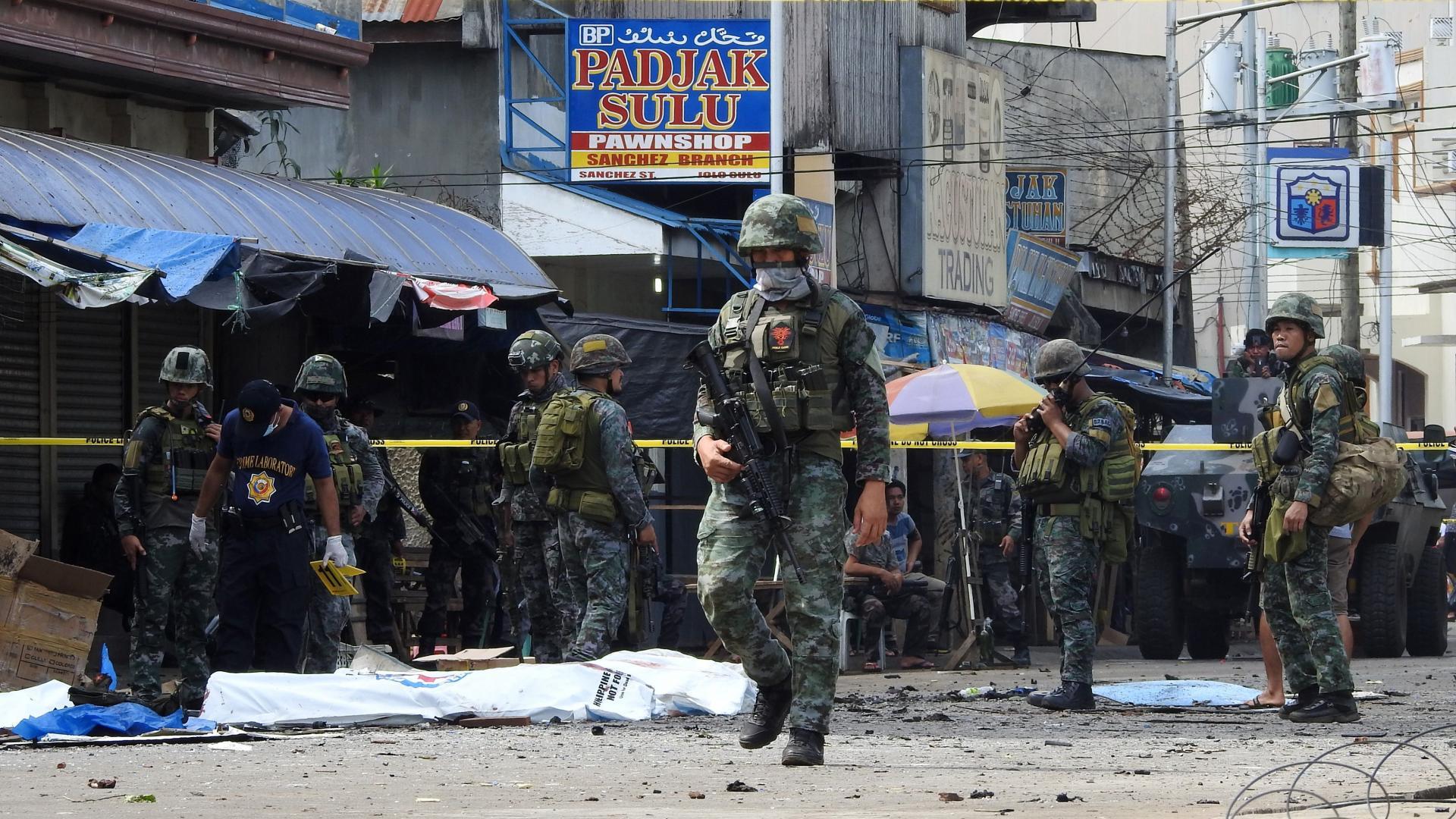 """""""داعش"""" يعلن مسؤوليته عن تفجير كنيسة في الفلبين"""