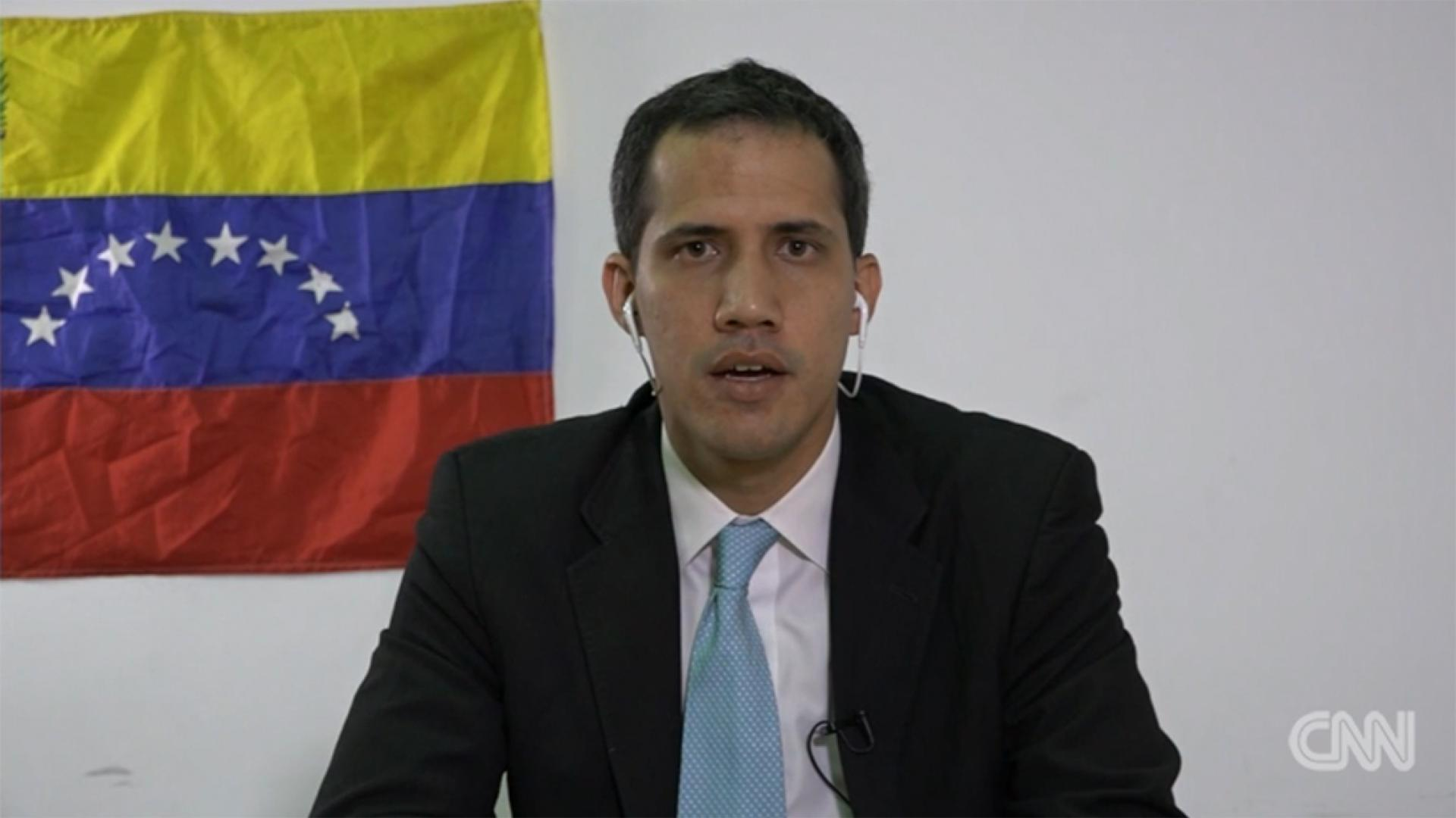 """رئيس فنزويلا """"المنصب ذاتيا"""" يتحدث لـCNN عن خطة الإطاحة بمادورو"""