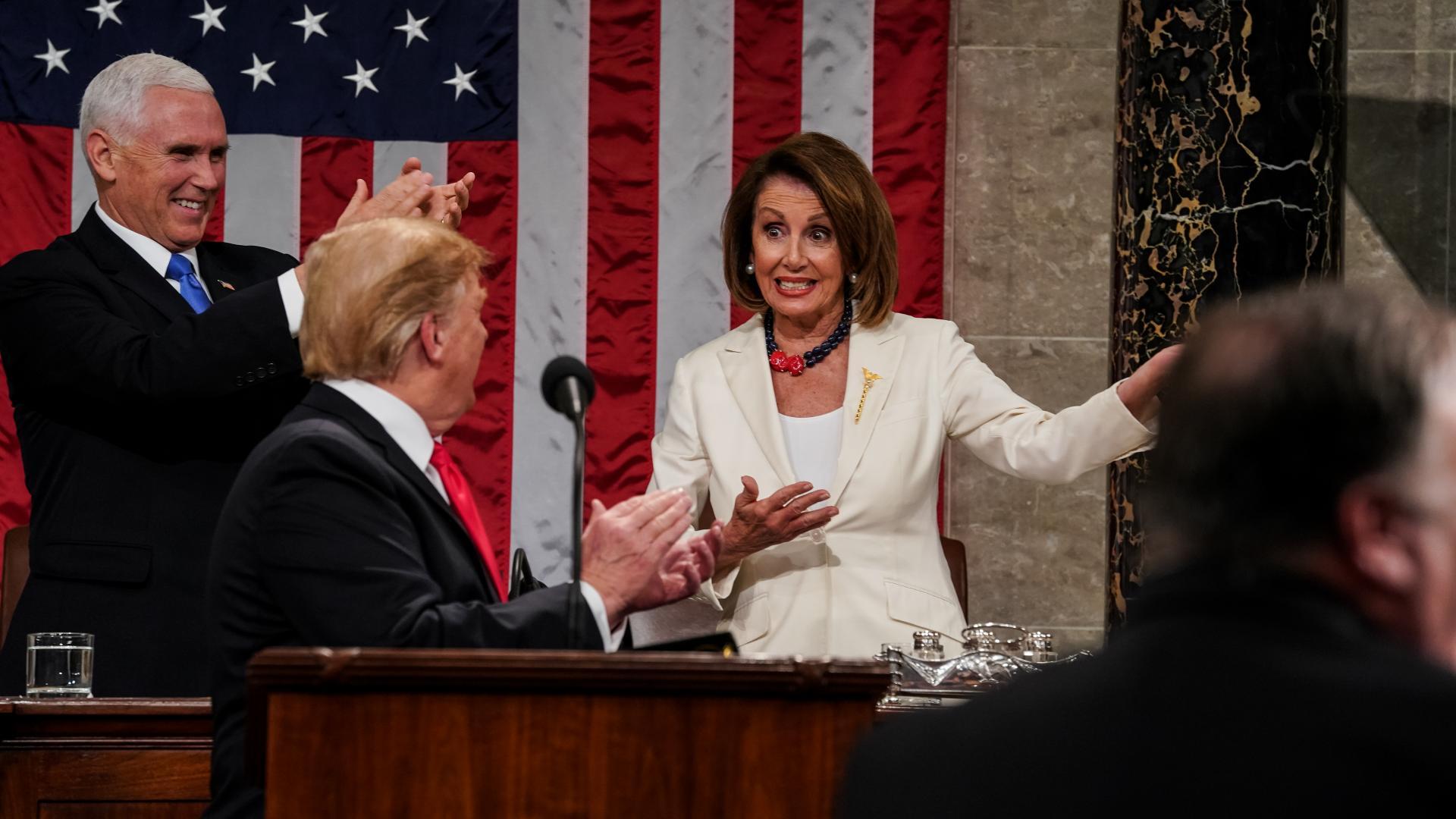 """ترامب يستعجل بإلقاء خطاب """"الاتحاد"""" قبل أن تقدمه بيلوسي.. وهذا ما قاله عن سوريا والجدار"""