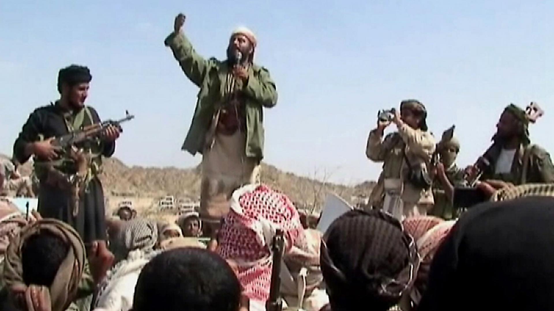 """زعيم القاعدة يدعو السنّة للوحدة بوجه الشيعة و""""أعداء للأمة"""".. وهذا ما قاله"""