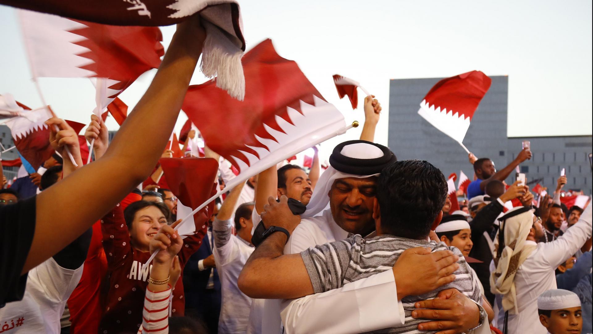 بيان من السفارة الإماراتية في لندن بشأن اعتقال بريطاني شجع قطر في كأس آسيا