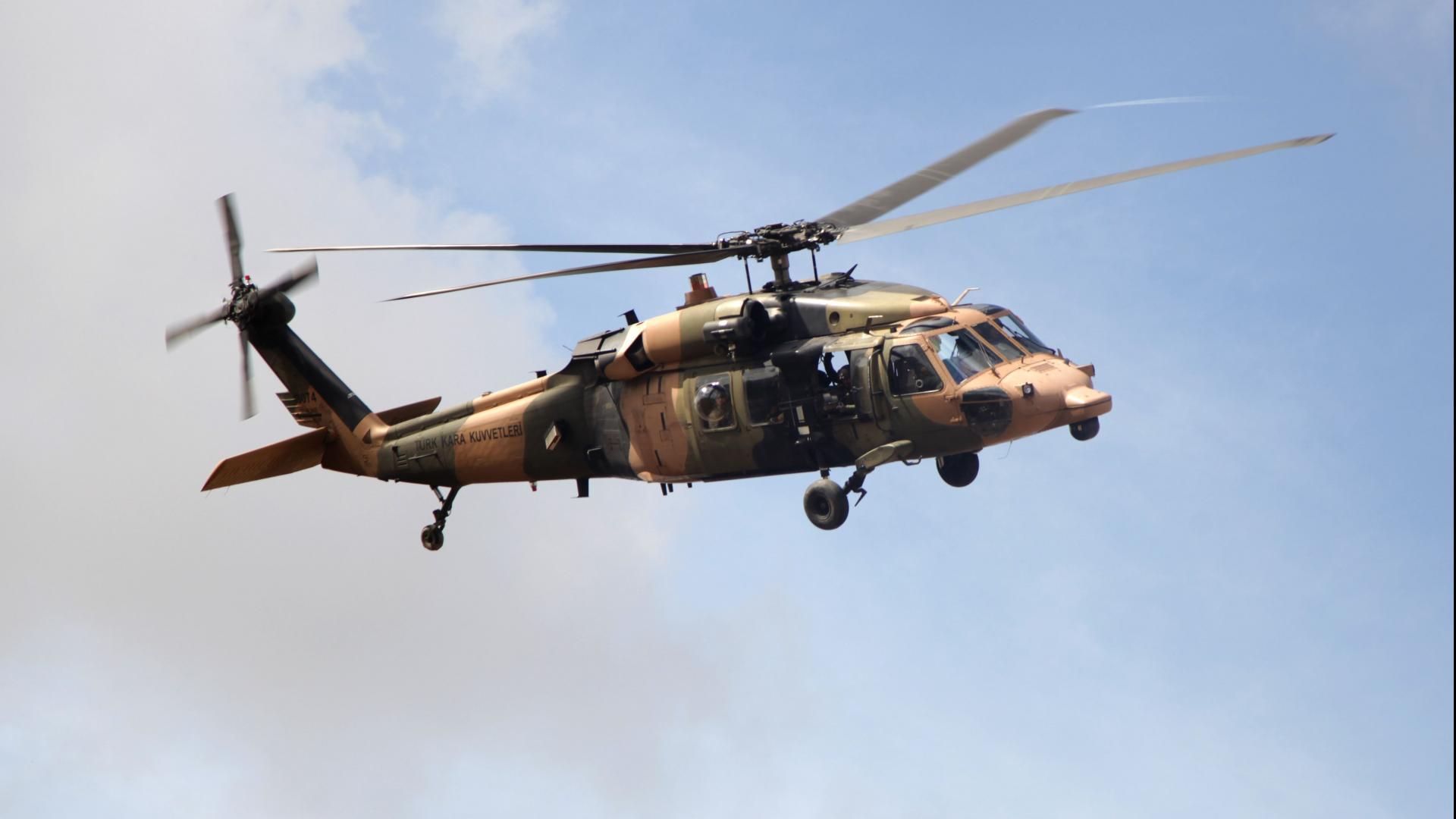 سقوط مروحية عسكرية تركية أثناء هبوطها اضطراريا
