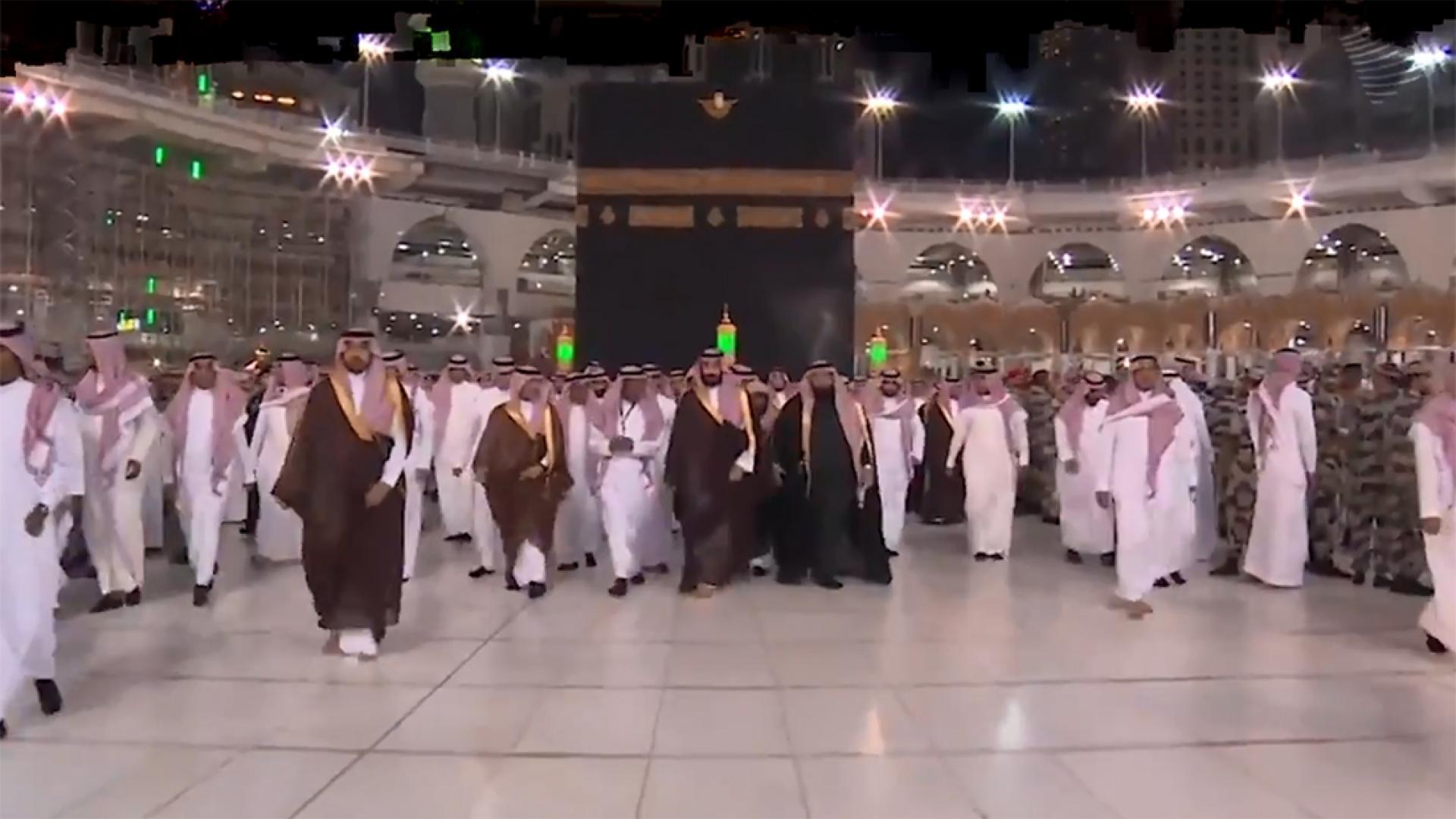 مع غياب العريفي.. هذا ما قاله المغامسي والقرني والقطامي عن زيارة ولي عهد السعودية للحرم