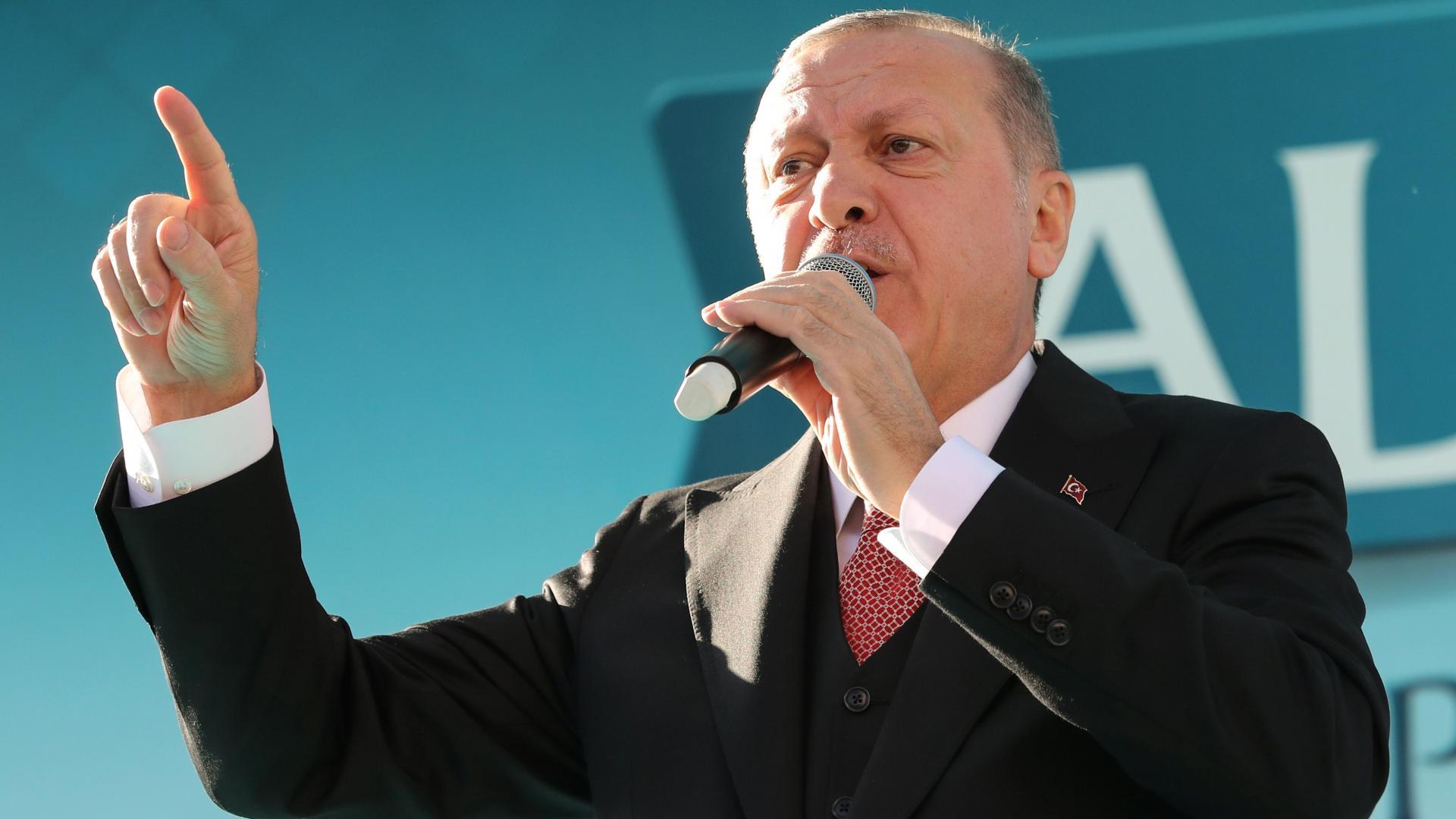 أردوغان: لا أقابل شخصا مثل السيسي.. وعن مقتل خاشقجي: إن لم يكن ولي عهد السعودية يعلم فمن يعلم؟