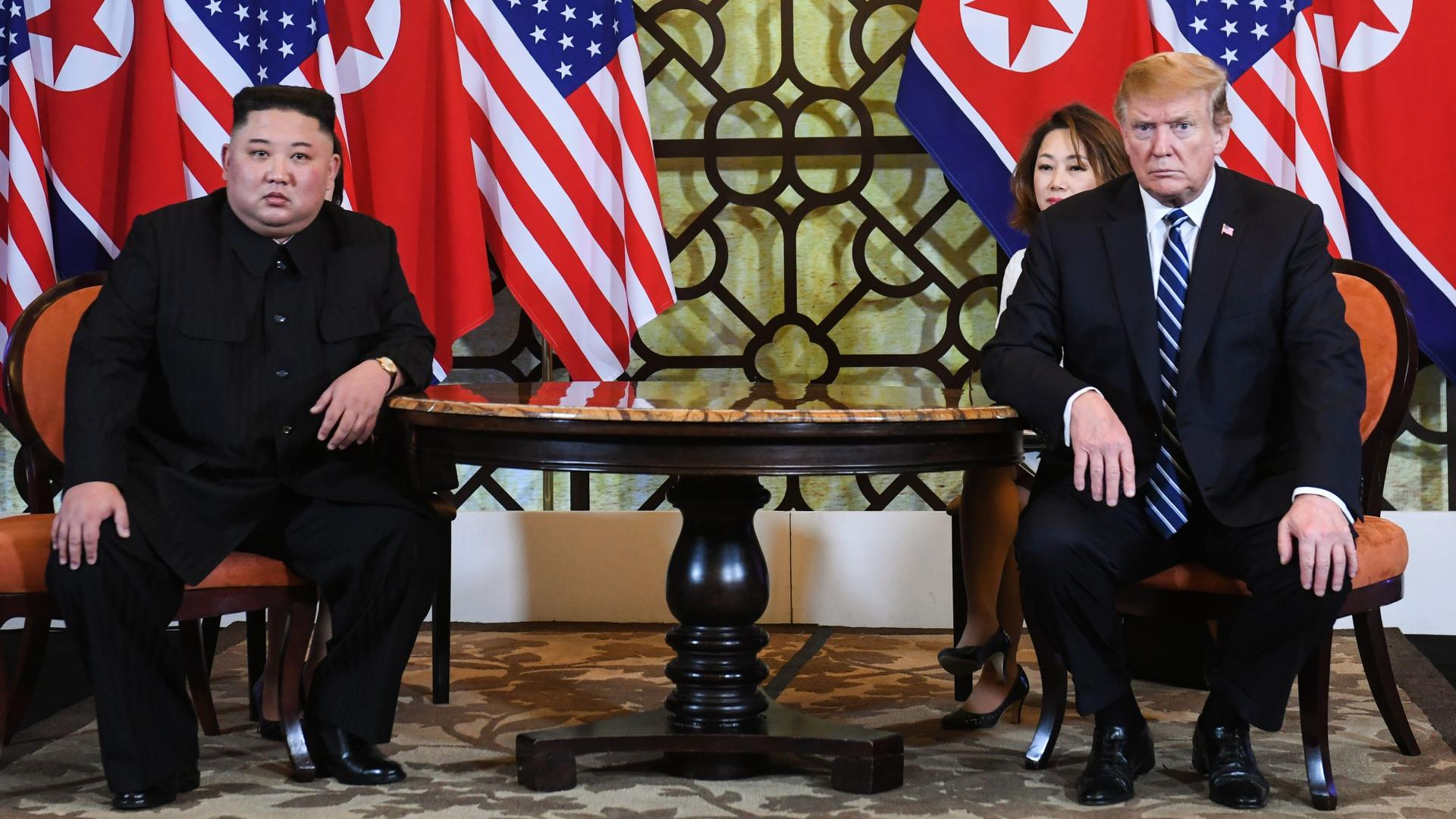 قمة أمريكا وكوريا الشمالية تنتهي مبكرا.. وترامب يتحدث عن السبب