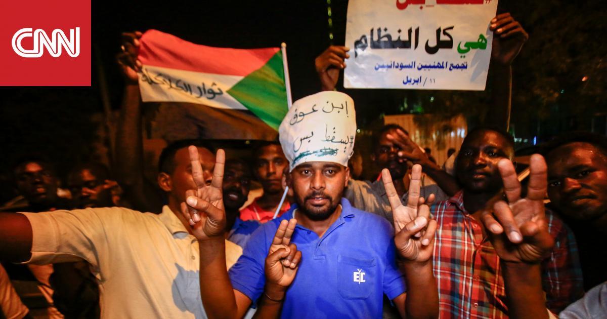 كيف مضت أول ليلة للانقلاب العسكري في السودان؟ وما المتوقع الجمعة؟