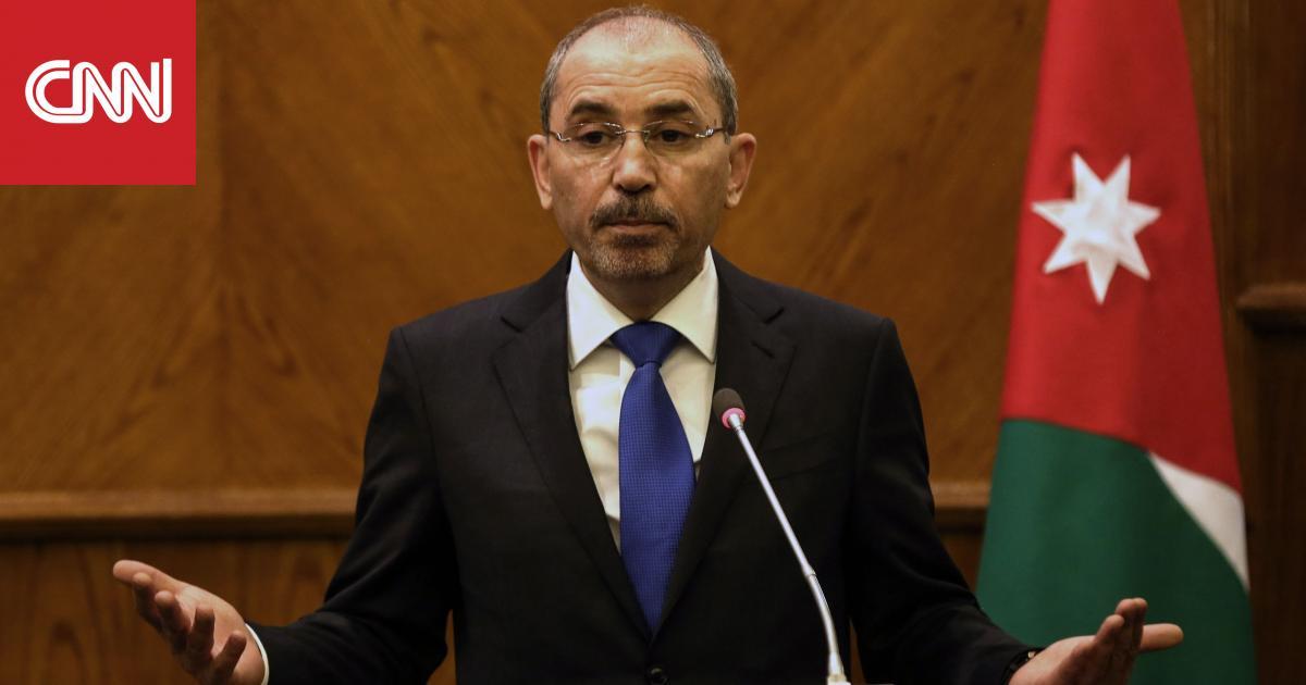 """عمال أردنيون وعرب يتعرضون لـ""""الضرب"""" في كازاخستان وعمّان تطالب بحمايتهم"""