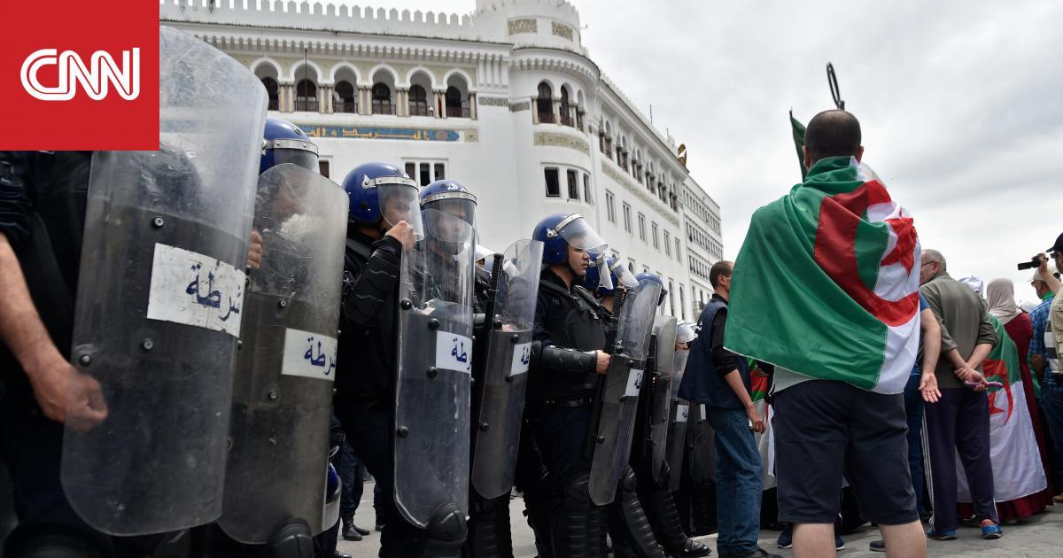 """الجيش الجزائري يدعو لـ""""تقديم تنازلات"""" وانتخاب رئيس جديد للبلاد في أقرب وقت ممكن"""