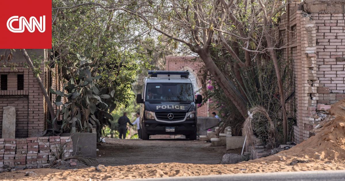 """نجل مرسي يكشف لـCNN تفاصيل دفن والده.. ويتهم السلطات المصرية بـ""""القتل البطيء"""""""