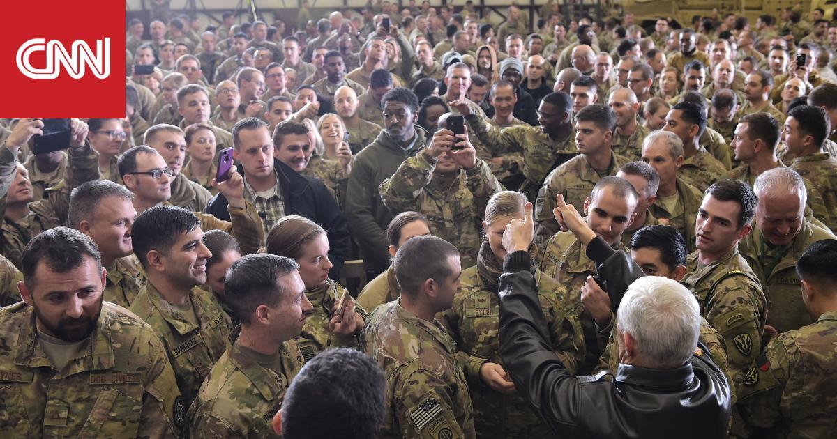 واشنطن تستعد لخفض قواتها وبعثتها الدبلوماسية في أفغانستان