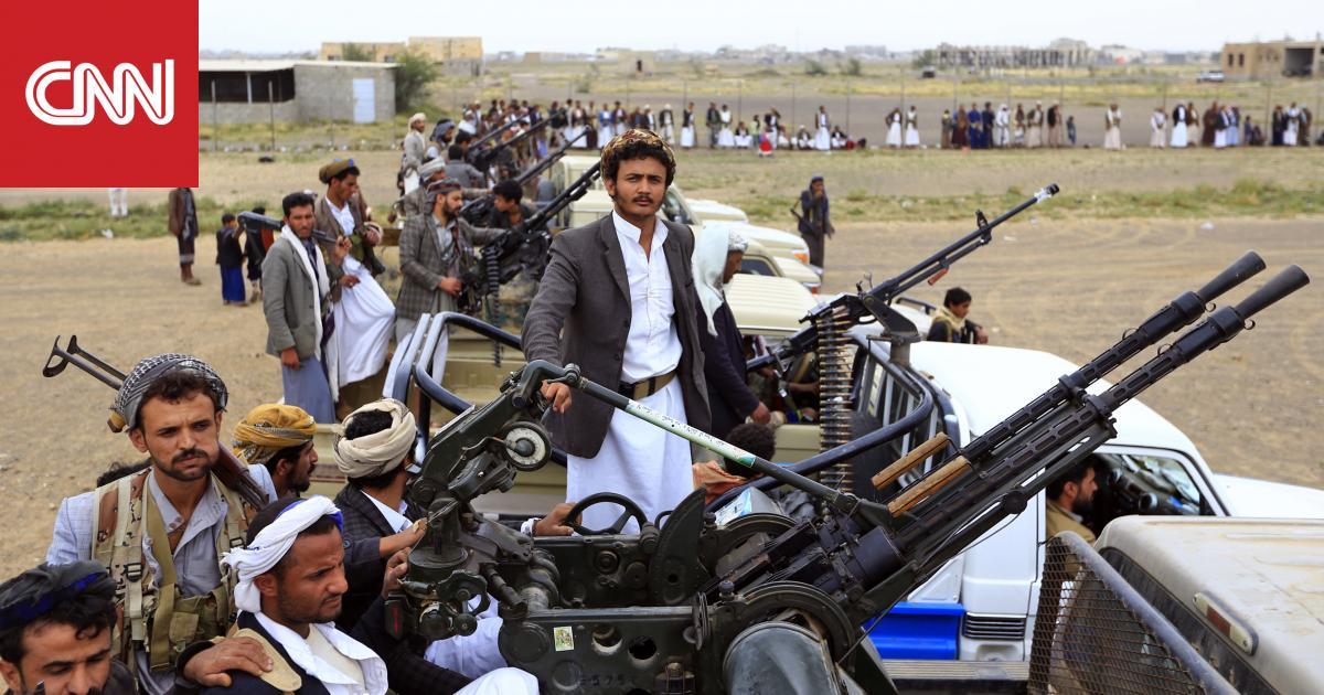 بعد تهديدات عبدالملك.. الحوثيون يعلنون استهداف مطاري أبها ونجران وقاعدة الملك خالد بالسعودية