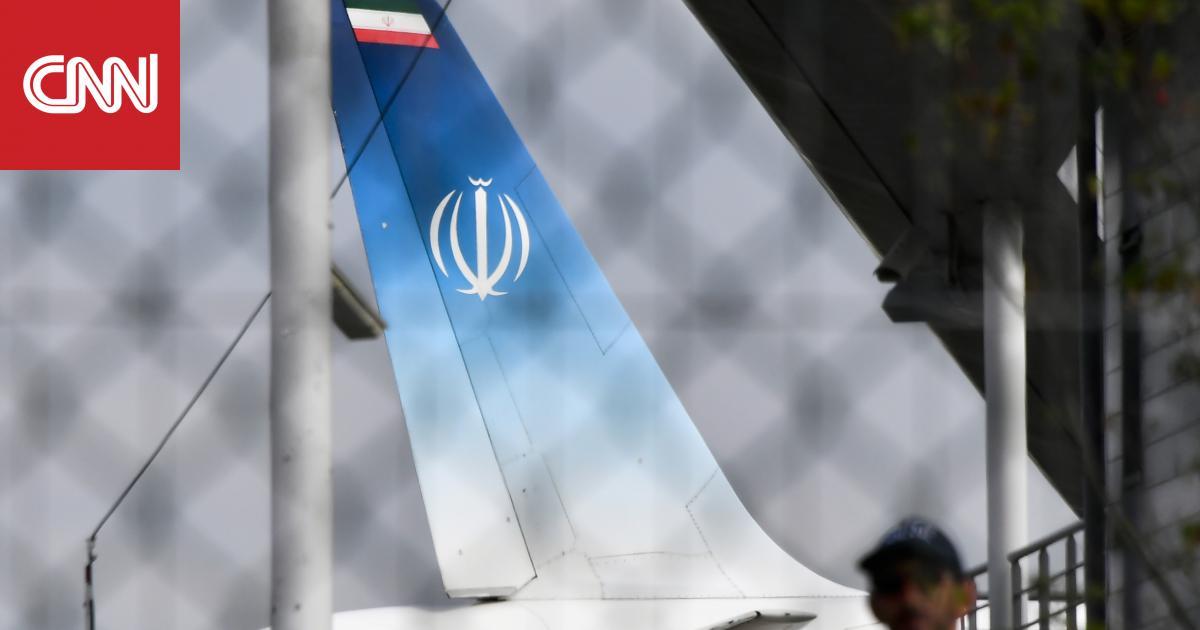 صحفي إيراني يهرب من وفد ظريف ويطلب اللجوء في السويد.. فما الأسباب؟