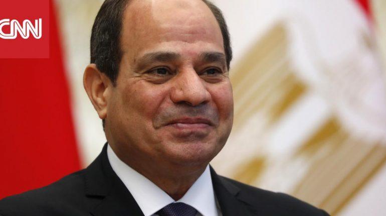 السيسي: ما يثار حول أسرتي كذب.. وبناء قصور رئاسية من أجل مصر