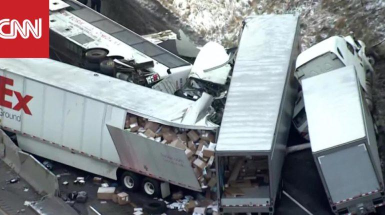 5 قتلى و60 مصابًا في تصادم في بنسلفانيا